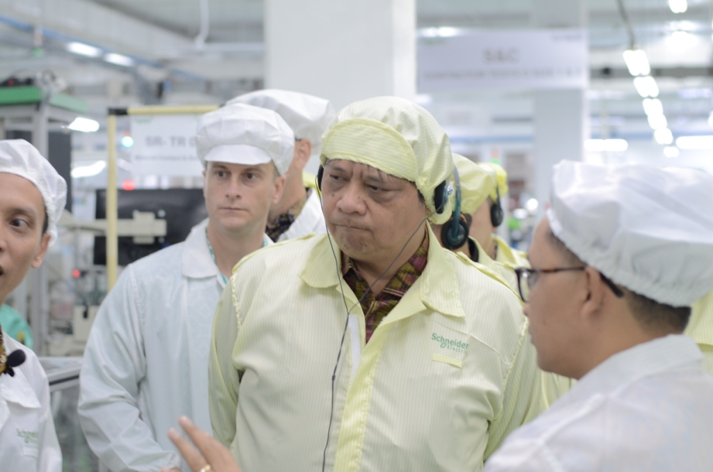 Di Batam, Belajar Industri 4.0 dari Smart Factory Schneider Electric